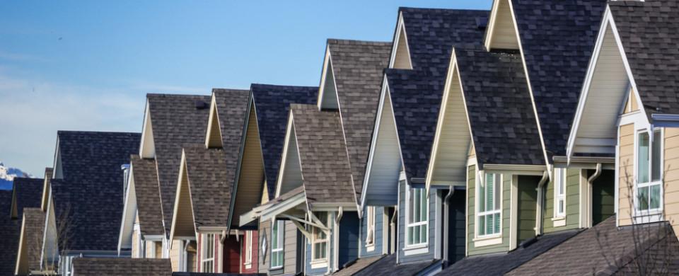 Canada invest real estate safe